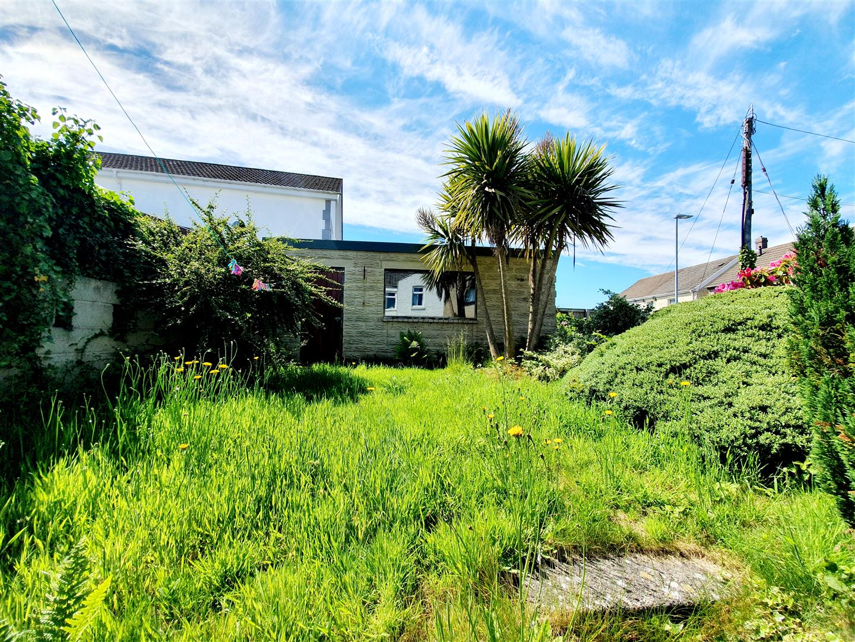 North Road, Loughor, Swansea, SA4 6QF